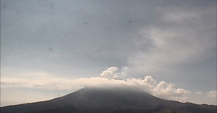 Volcán Popocatépetl emite 318 fumarolas de baja intensidad