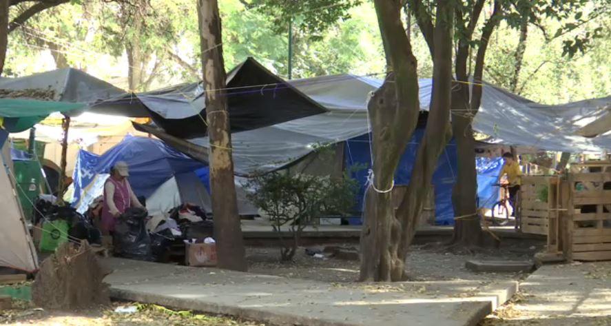 Marchan damnificados sobre calzada de Tlalpan
