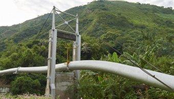 Petroperú no puede controlar fuga de petróleo