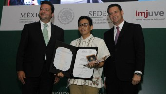Premio Nacional de la Juventud 2017, MIT, Indio, Discriminación, Indígena, Massachusetts