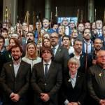 Alcaldes catalanes viajan a Bélgica para apoyar a Puigdemont
