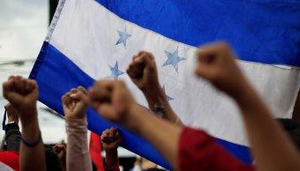 Miles protestan Honduras mientras avanza recuento electoral