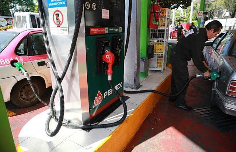 Liberan precio de la gasolina en todo México