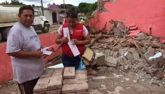 Entregan tarjetas electrónicas a afectados de Chiapas y Oaxaca