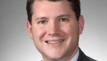 Congresista homófobo renuncia ser sorprendido encuentro sexual otro hombre