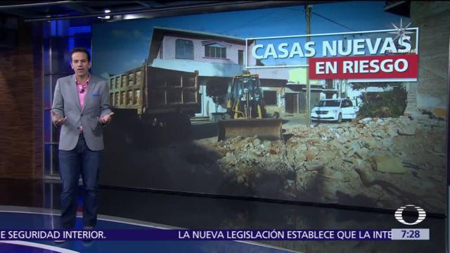Damnificados del sismo en Oaxaca construyen nuevas casas sobre cimientos colapsados