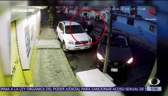Conductor evita ser asaltado en Ecatepec, Edomex