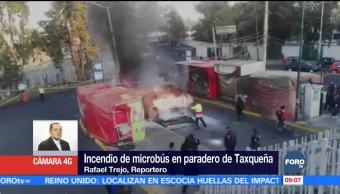 Se incendia microbús en paradero de Taxqueña