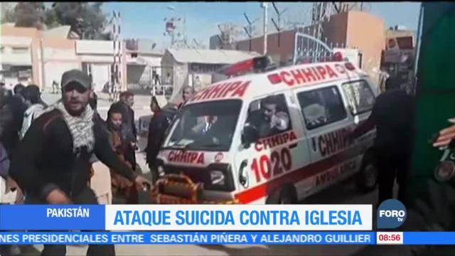 Ataque suicida contra iglesia en Pakistán deja varios muertos