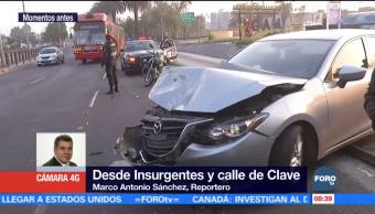 Chocan dos vehículos en Insurgentes Norte, CDMX