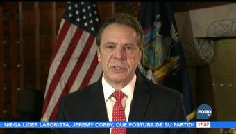 Gobernador de NY indulta inmigrantes en riesgo de deportación