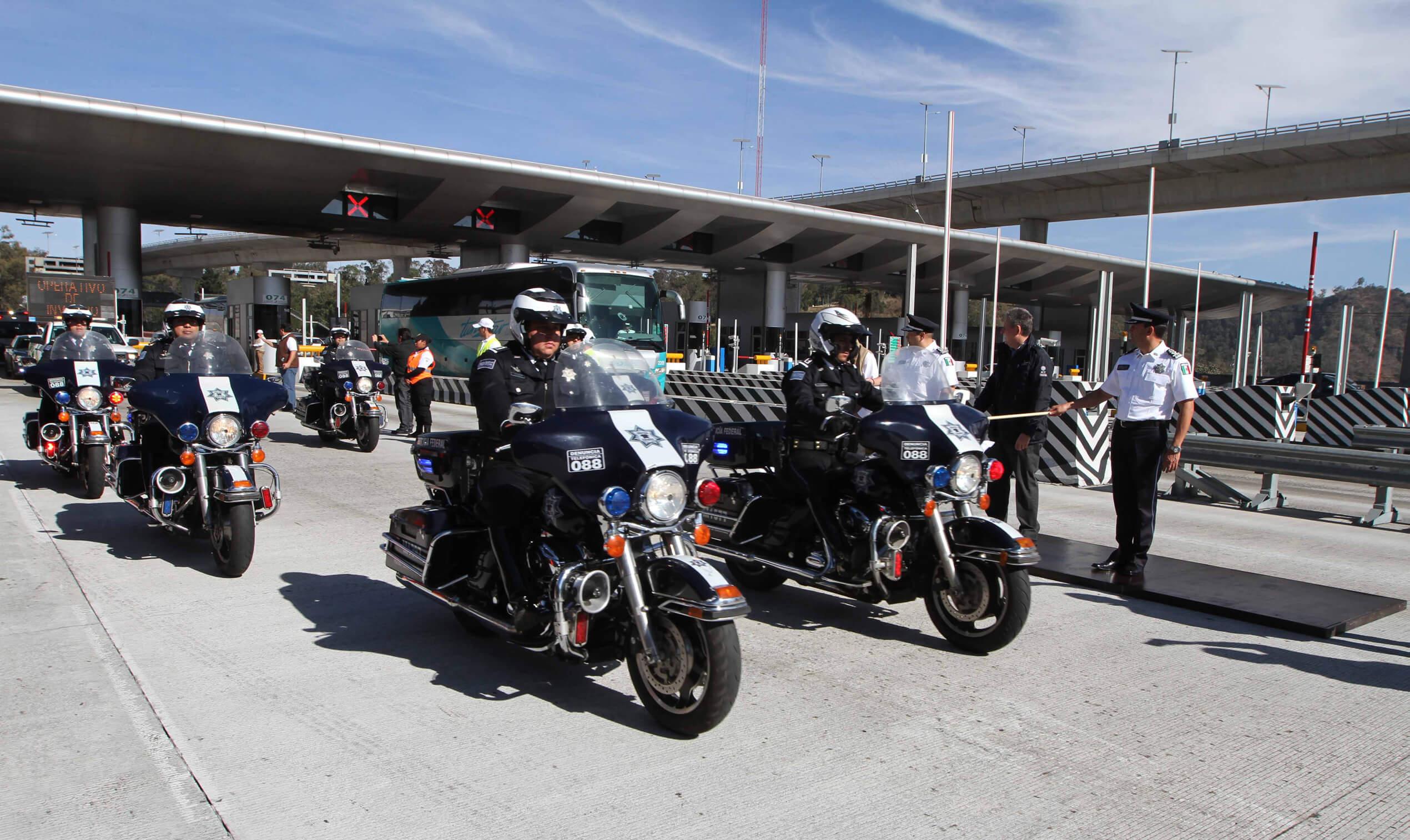 Inicia operativo carretero por vacaciones de invierno en México