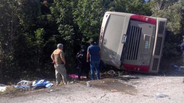 Autobús volcado en Quintana Roo viajaba a exceso de velocidad, según Fiscalía