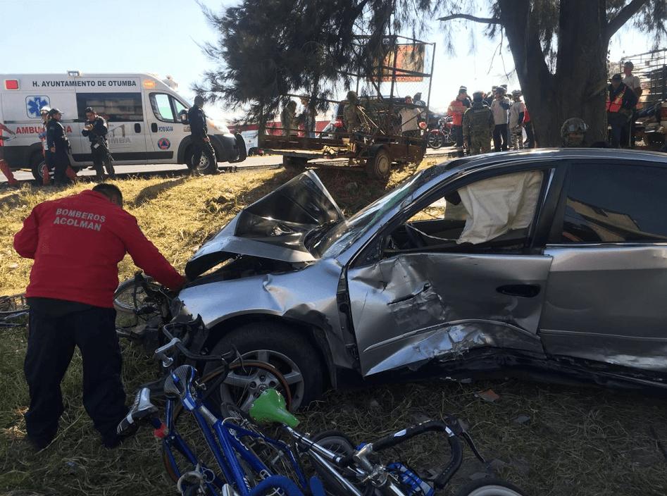 Automóvil arrolla a 20 peregrinos en Ecatepec