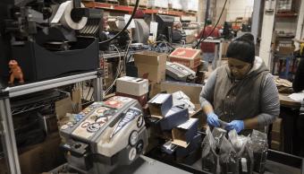 Aumenta empleo en el sector manufacturero, informa INEGI