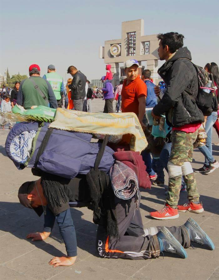 Diez peregrinos muertos y ocho heridos en accidente en la México-Puebla