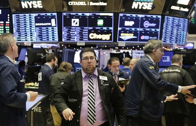 Wall Street cierra con tres nuevos récords