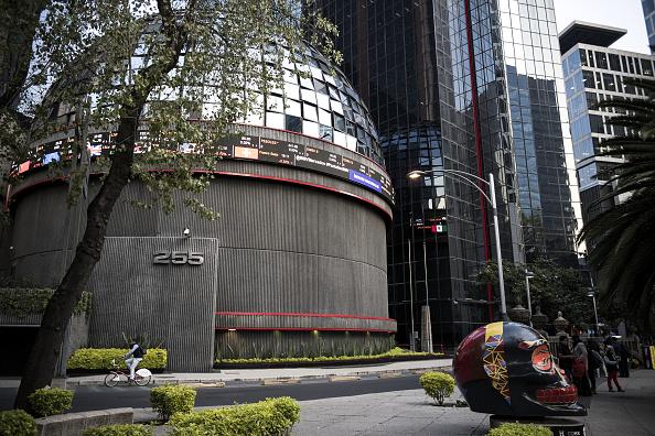 La bolsa de México sube 1,21 % y cierra en 48.276,72 puntos