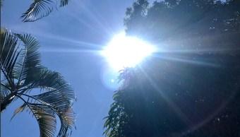 Colima se salva del frío, alcanza 36 grados a la sombra