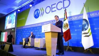 EPN presenta en París decálogo de reformas estructurales