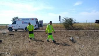 Mueren tres personas durante accidente carretero en Sinaloa