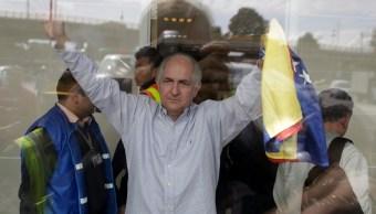 Los opositores de Maduro huyen de Venezuela para expresarse