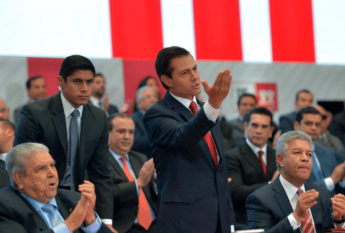 Peña Nieto resalta creación de 132.317 empleos en noviembre en México