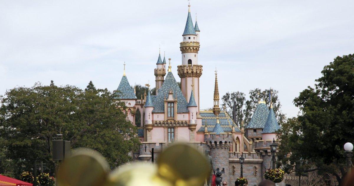 Apagón afecta a 12 atracciones de Disneyland en California; deja atrapados