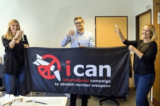 Nobel de la paz: bombas atómicas hacen desastre inevitable