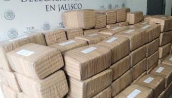 Policía Federal decomisa cerca de dos toneladas de marihuana en Jalisco