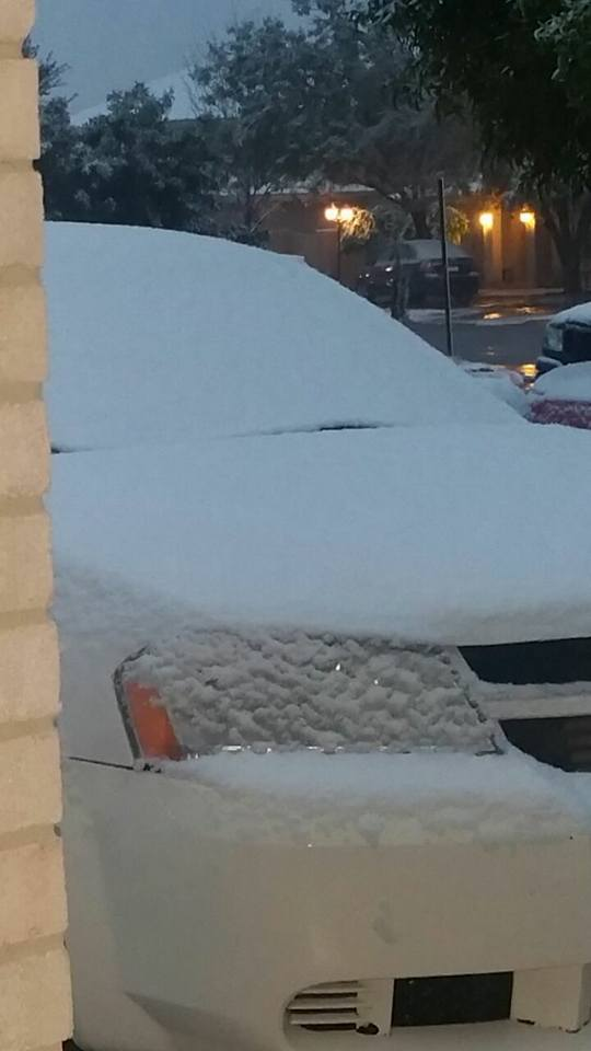 Se registran nevadas y aguanieve en varias comunidades de Coahuila
