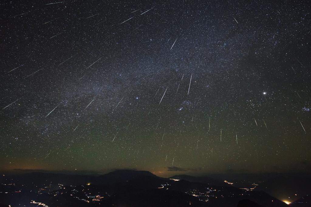 Descubre como podrás ver la gran lluvia de estrellas que se aproxima