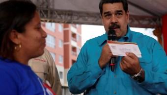Maduro culpa a Portugal por desabasto de jamones navideños