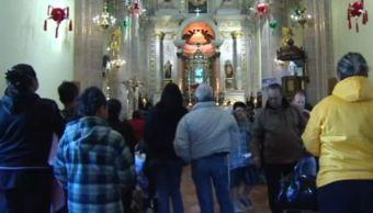 Migrantes visitan a la Virgen de San Juan de los Lagos