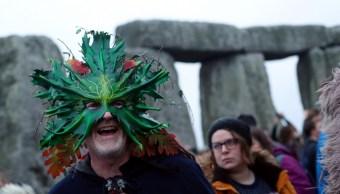 Miles dan la bienvenida al invierno en Stonehenge