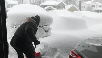 Nevadas intensas cubren Pennsylvania, piden no salir por riesgo de congelación