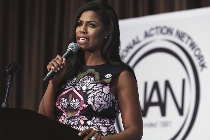 Dimite la principal asesora afroamericana de Trump