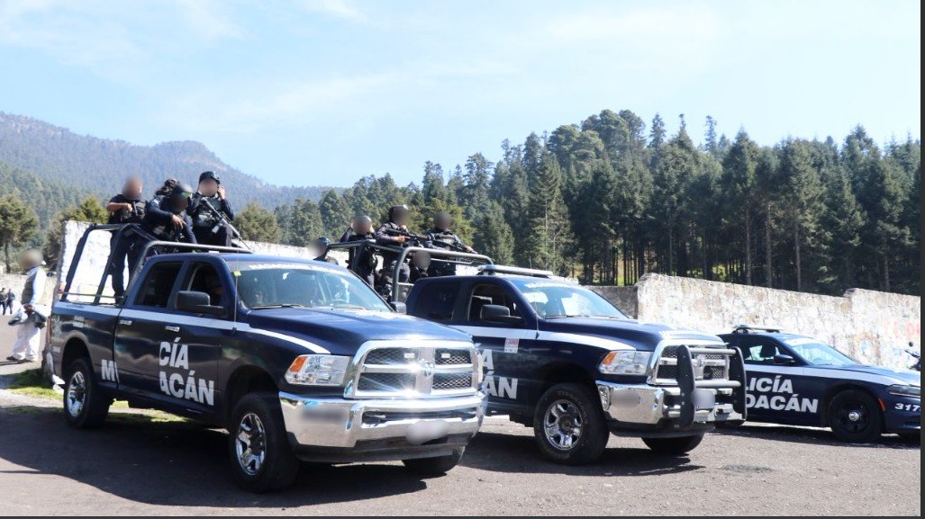 Asesinan a un mando policial que viajaba con su familia