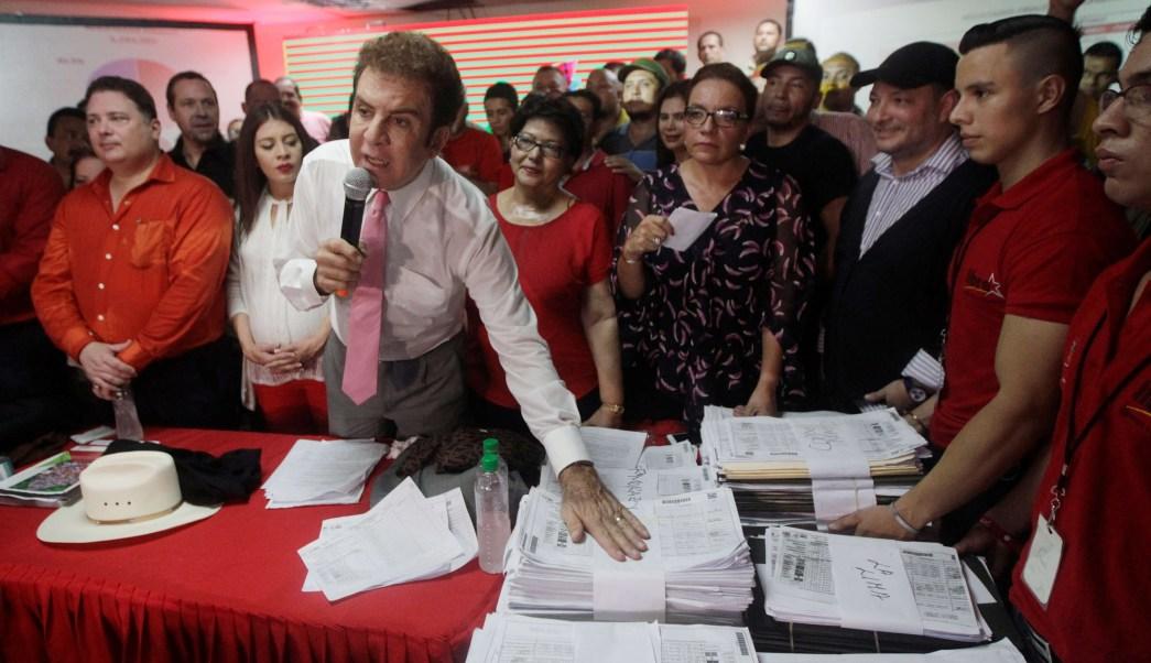 Candidato opositor exige revisar actas elección presidencial Honduras