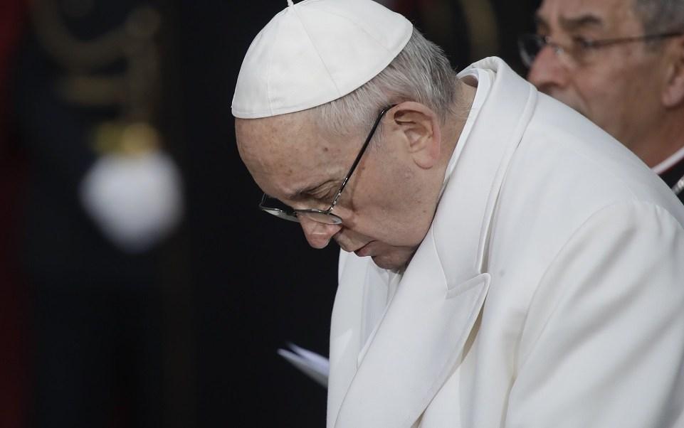 Papa pide evitar una nueva espiral de violencia en torno a Jerusalén