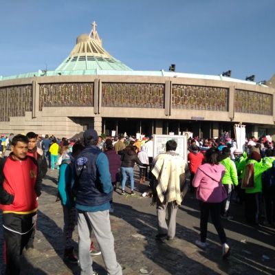 Peregrinación de hombres queretanos reinicia camino a la Basílica de Guadalupe