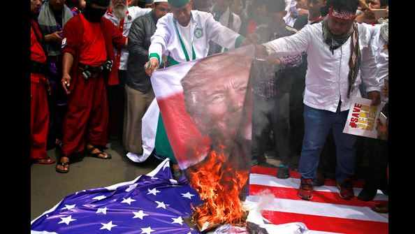 Unos 10.000 manifestantes en Yakarta contra decisión de Trump sobre Jerusalén