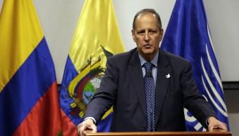 Restrepo pide a Santos que lo releve como negociador con ELN