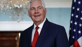 Secretario Tillerson 'no se irá', afirma Trump en Twitter