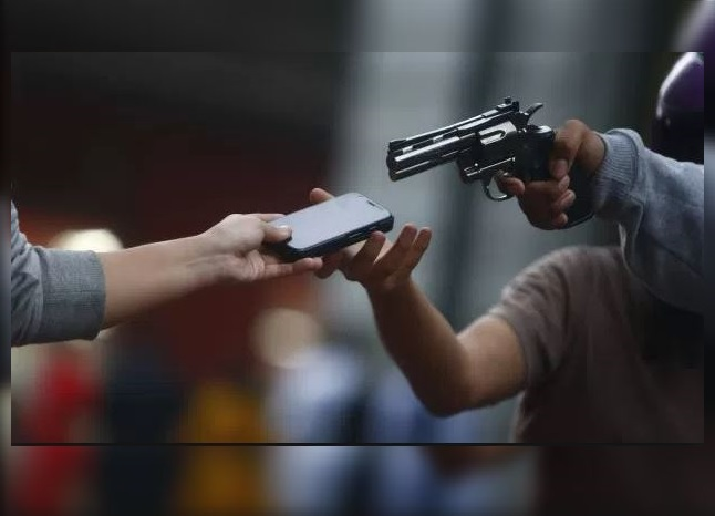 Robo de celulares aumentó 200% en la CDMX, informa la Procuraduría