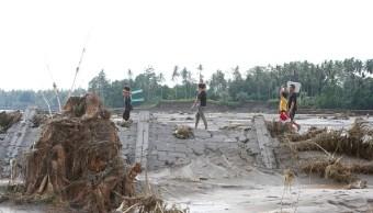 Tormenta Tembin se debilita causar 240 muertos Filipinas
