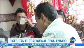 Mexicanos disfrutan en pijama el recalentado