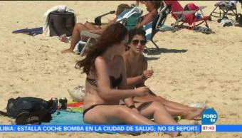 Turistas aprovechan últimas horas de temporada vacacional