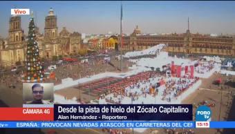 Capitalinos disfrutan ultimas horas de vacaciones en pista del hielo del Zócalo