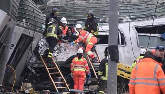 descarrilamiento tren deja dos muertos centenar heridos milan